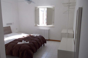 Salerno (Amalfi Coast) : Double Bedroom in Salerno (Amalfi Coast) Hostel, Italy