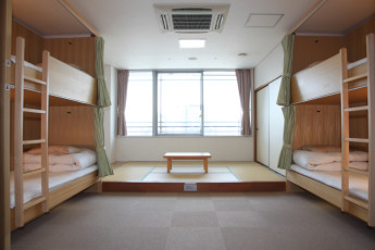 Osaka - Shin-Osaka YH : Dorm Room in Osaka - Shin-Osaka Youth Hostel, Japan