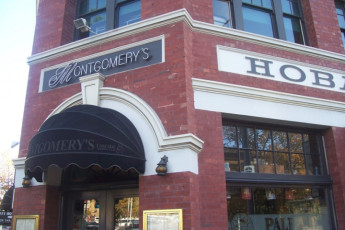 Hobart - Montgomery' s YHA : Exterior to the Hobart - Montgomery's Hostel in Australia