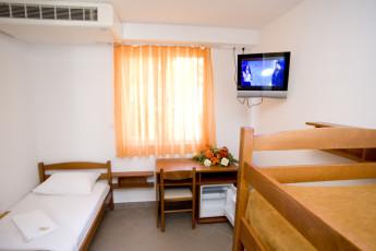 Zaostrog - Hostel 'Eklata' : Dorm Room in Zaostrog - Hostel Eklata, Croatia