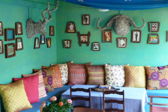 Durban - Gibela Backpackers Lodge : Terrace at Durban - Gibela Backpackers Lodge Hostel, South Africa