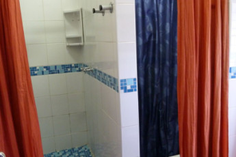 Durban - Gibela Backpackers Lodge : Communal Showers in Durban - Gibela Backpackers Lodge Hostel, South Africa