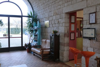 Perugia - Mario Spagnoli : Entrance and Lobby in Perugia - Mario Spagnoli Hostel, Italy