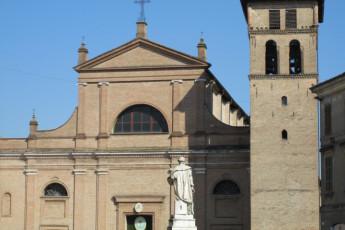 Correggio - La Rocchetta : Architecture Surrounding Correggio - La Rocchetta Hostel, Italy