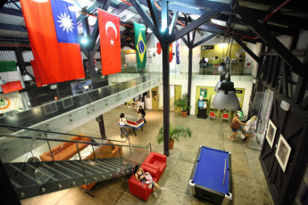 Sydney  - Railway Square YHA : Lounge area at the Sydney - Railway Square Hostel in Australia