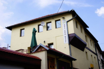 Sarajevo - Haris Youth Hostel : Front Exterior View of Sarajevo - Haris Youth Hostel