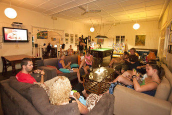 Noosa Heads YHA : Lounge in the Noosa Heads YHA hostel in Australia