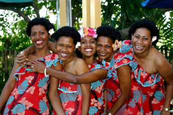 Nadi - Nadi Bay Resort : Staff at Nadi - Nadi Bay Resort Hostel, Fiji