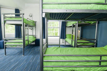 YHA Grinton Lodge : Dorm room at the YHA Grinton Lodge hostel in England