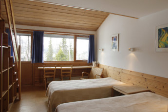 Gaustatoppen Hostel : Twin Room with Bath at Gaustatoppen Vandrerhjem Hostel, Norway