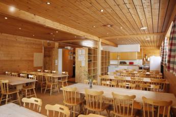 Gaustatoppen Hostel : Kitchen and Dining Area in Gaustatoppen Vandrerhjem Hostel, Norway