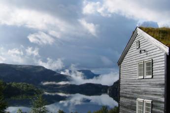 Preikestolen : Vue de l'extérieur et le paysage au Preikestolen auberge, Norvège