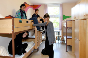 Heilbronn : Dorm Room in Heilbronn Hostel, Germany