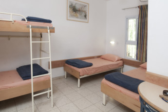 Ein Gedi : Dorm room at the Ein Gedi hostel in Israel