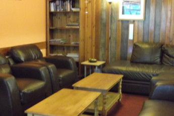 Glen Nevis SYHA : Lounge at the Glen Nevis SYHA hostel in Scotland