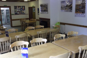 Glen Nevis SYHA : Dining room in the Glen Nevis SYHA hostel in Scotland