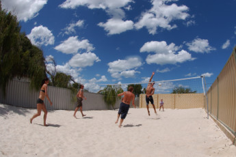 Lancelin Lodge YHA : Lancelin Lodge YHA volleyball