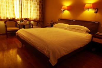 Far East International Youth Hostel : Double Bedroom in Far East International Youth Hostel, China