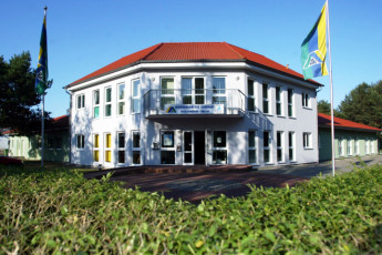 Ueckermünde : Front exterior view of Ueckermünde Hostel, Germany