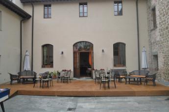 Perugia - Villa Giardino Y.H. : Patio and Children's Play Area at Perugia - Villa Garden Youth Hostel, Italy