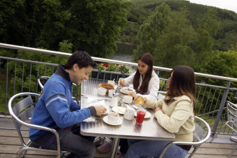 Lultzhausen : Dining on the Balcony at Lultzhausen Hostel, Luxembourg