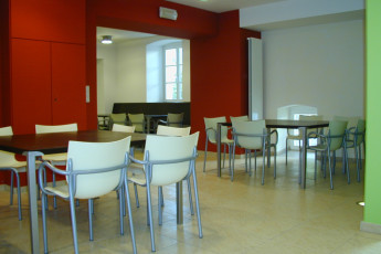Bourglinster : Dining Area in Bourglinster Hostel, Luxembourg