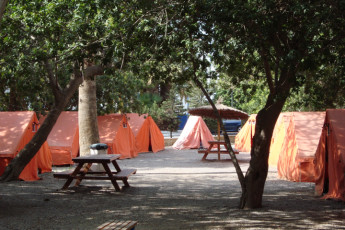 Albergue Inturjoven Aguadulce : Campsite at the Albergue Inturjoven Aguadulce in spain