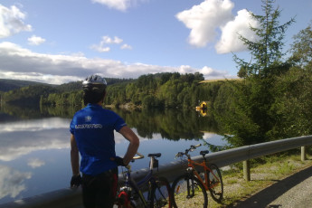 Lunde : Cycling near the Lunde hostel in Norway