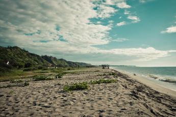Tumbes - HI Grillo Tres Puntas. : Beach near the Tumbes - HI Grillo Three tips in Peru