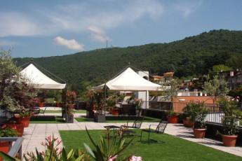 Bergamo - Nuovo Ostello di Bergamo : Garden Area at Bergamo - Nuovo Ostello di Bergamo, Italy