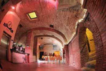 Zaragoza - La posada del Comendador : Bar and Cafe in Zaragoza - La posada del Comendador Hostel, Spain