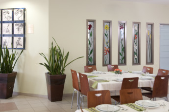 Tel Aviv  – Bnei Dan : Dining room in the Tel Aviv - Bnei Dan hostel in Israel