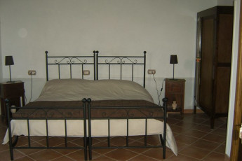 Agerola-San Lazzaro - Beata Solitudo : Double Bedroom in Agerola-San Lazzaro - Beata Solitudo Hostel, Italy