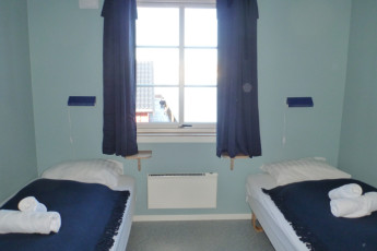 Mehamn : Twin Room in Mehamn Hostel, Norway