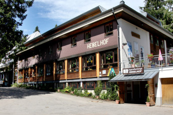 Feldberg/ Schwarzwald : Exterior of the Feldberg/Black Forest hostel in Germany