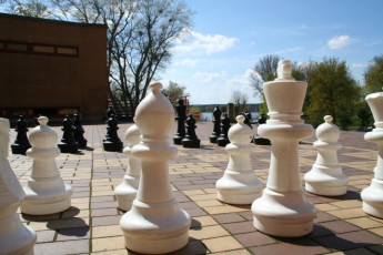 Berlin - JH am Wannsee : Outdoor chess at the Berlin - JH am Wannsee Hostel in Germany