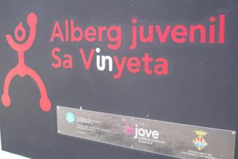 Menorca - Alberg Juvenil Sa Vinyeta : Sign of Menorca - Alberg Juvenil Sa Vinyeta Hostel, Spain