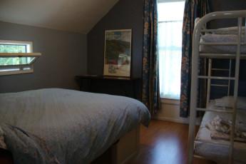 HI - San Luis Obispo : Family Room in San Luis Obispo Hostel, USA