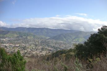 HI - San Luis Obispo : View of Landscape Surrounding San Luis Obispo Hostel, USA