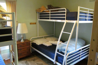 HI - Lucas - Malabar Farm : Dorm Room in Lucas - Malabar Farm Hostel, USA