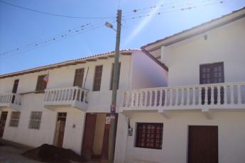 El Villar - HI Hostel El Villar : Front Exterior View of El Villar - HI Hostel El Villar, Bolivia