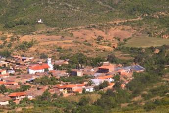 El Villar - HI Hostel El Villar : Countryside at El Villar - HI Hostel El Villar, Bolivia