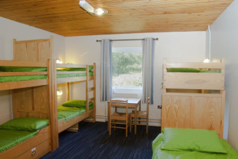 YHA Broad Haven : Dorm room in the YHA Broad Haven hostel in England