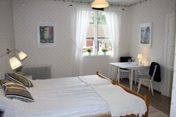 Stora Frögården : Double Bedroom in Stora Frogarden Hostel, Sweden