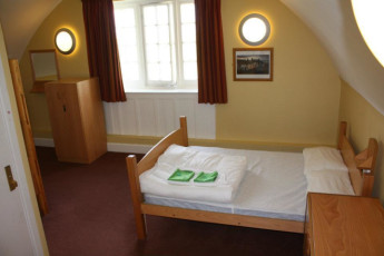 YHA Whitby : Private double room in the YHA Whitby hostel in England