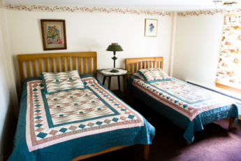 HI - Littleton - Friendly Crossways : Family Room in Littleton - Friendly Crossways Hostel, USA