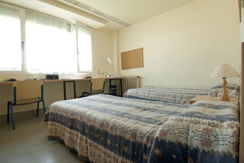 Pamplona - Fuerte del Principe : Twin Room in Pamplona - Strong Prince Hostel, Spain