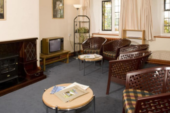 YHA Arnside : Lounge in the YHA Arnside hostel in England