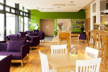 YHA York : Bar and Lounge Area in York Hostel, England