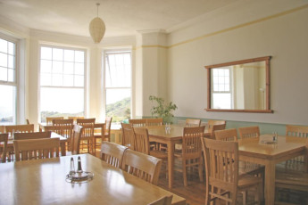YHA Coverack : Dining room in the YHA Coverack in England
